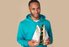 Image de l'article Raheem Sterling signe officiellement avec New Balance et portera la Furon