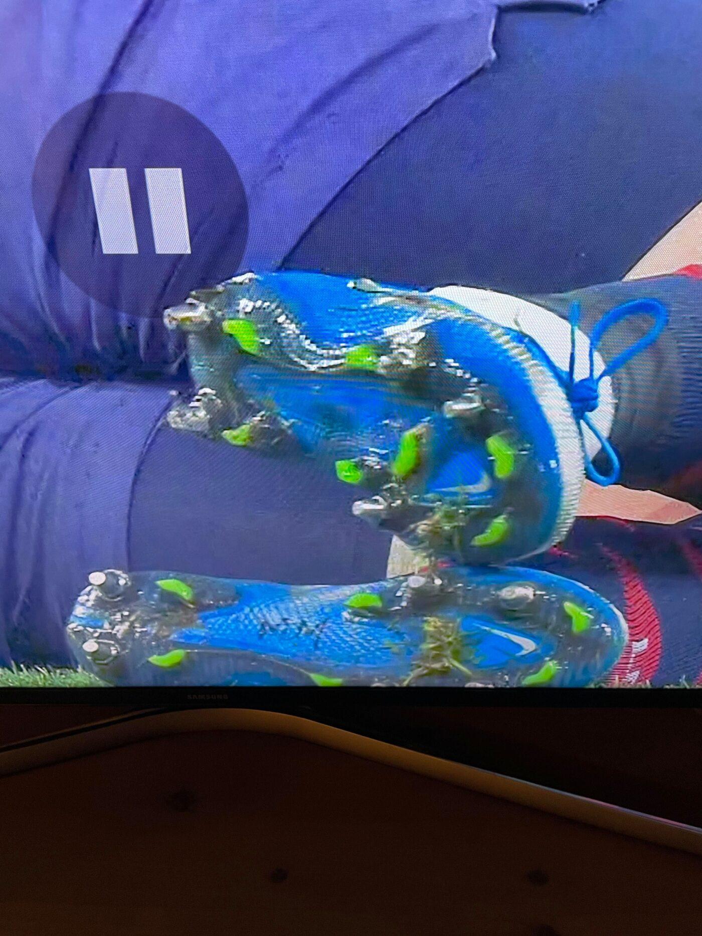 xeka chaussures mike maignan