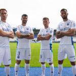 Les maillots de Auxerre 2021-2022 présentés par Macron