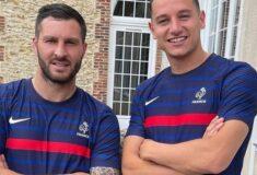 Image de l'article Thauvin et Gignac dévoilent le maillot de l'équipe de France aux JO de Tokyo