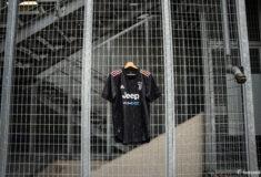 Image de l'article Le maillot extérieur de la Juventus 2021-2022 présenté par adidas