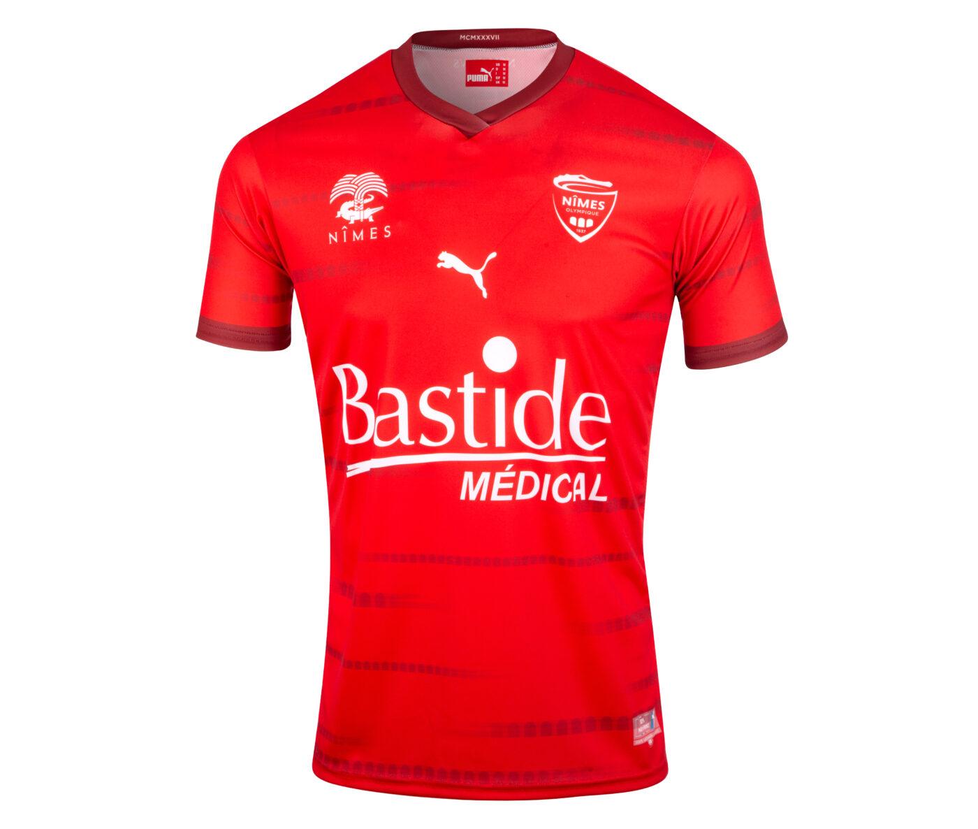 Maillot Nîmes Olympique domicile 2021-2022 PUMA