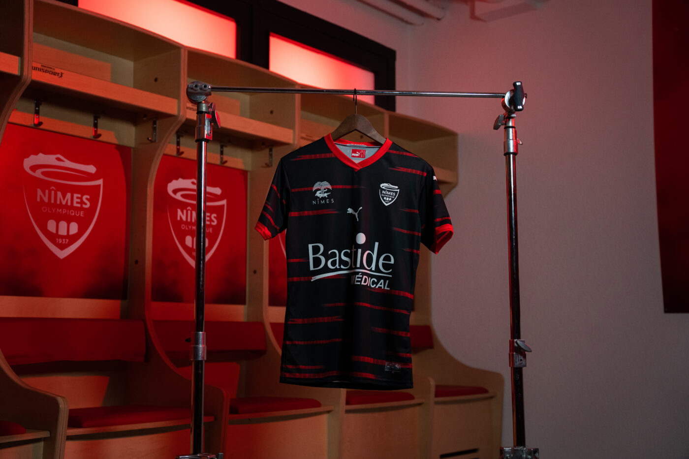 Maillot Nîmes Olympique third 2021-2022 PUMA