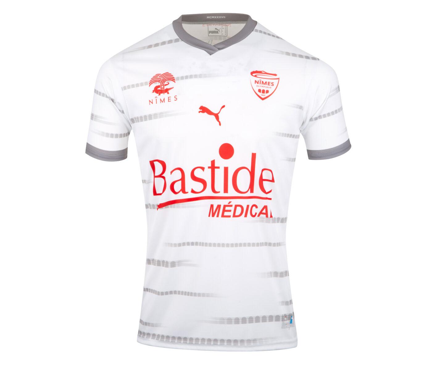 Maillot Nîmes Olympique extérieur 2021-2022 PUMA