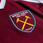 Les maillots de West Ham 2021-2022 lancés par Umbro