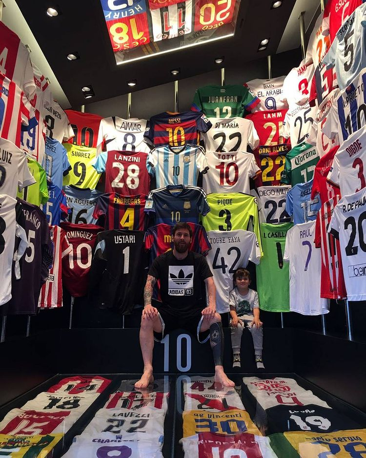 Collection maillots Lionel Messi