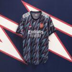 adidas présente le nouveau maillot third d'Arsenal 2021/22