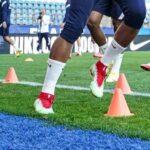 Une paire de Nike Mercurial verte et rouge inédite pour Kylian Mbappé