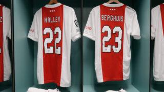 Image de l'article Quand le règlement de l'UEFA force l'Ajax à modifier ses maillots