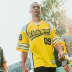 Le Borussia Dortmund dévoile des maillots inspirés des sports US