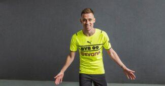 Image de l'article Le Borussia Dortmund va encore changer son maillot third et finalement intégrer son logo!
