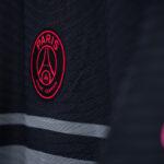 Du gris pour le nouveau maillot third du PSG