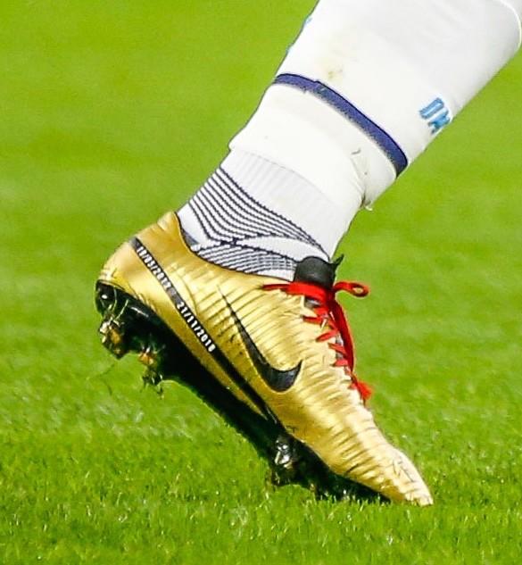 Crampon Didier Drogba Team OM UNICEF