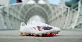 Image de l'article New Balance célèbre les 100 buts de Sadio Mané en Premier League avec une paire spéciale