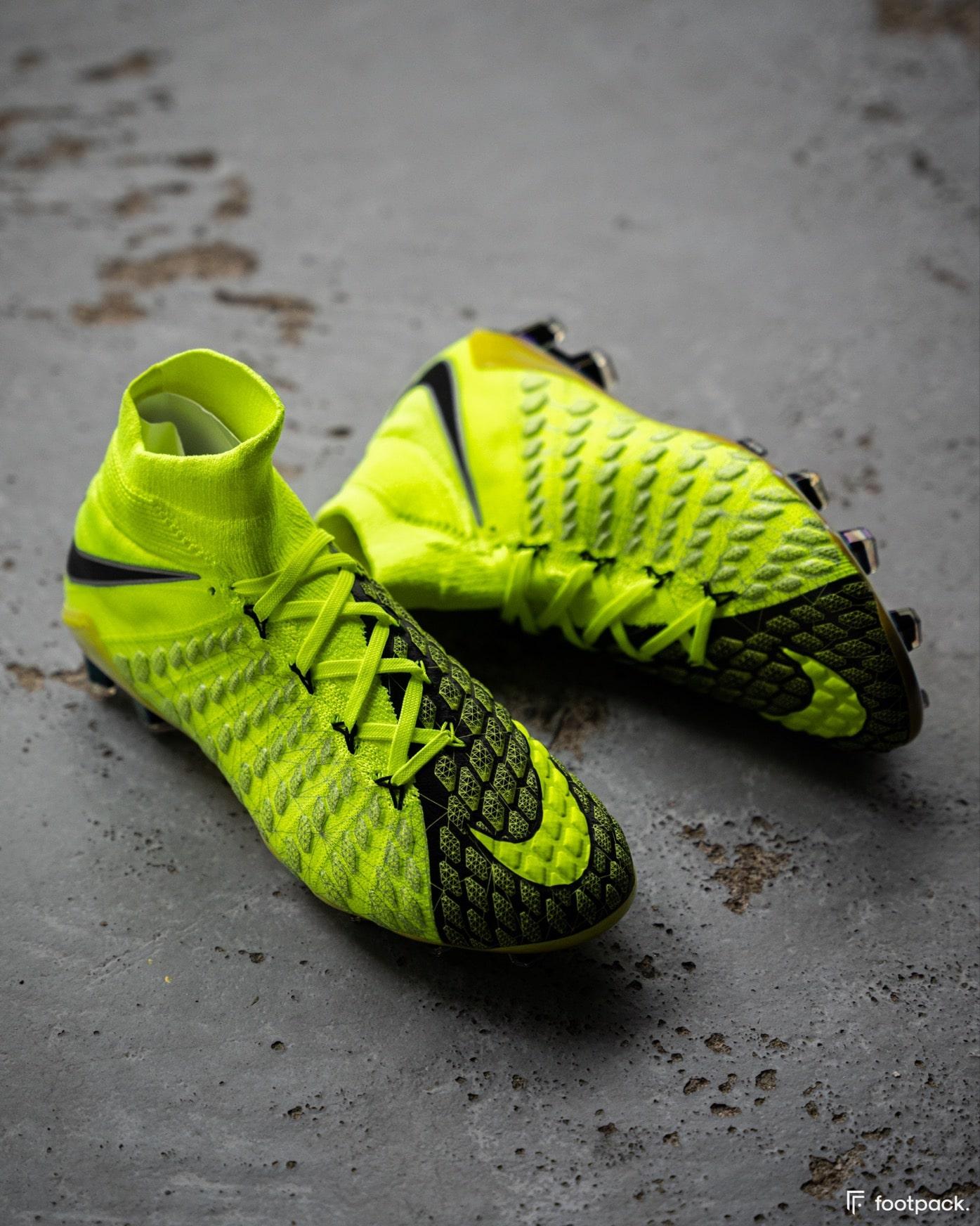 Nike Hypervenom EA Sports FIFA 18