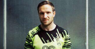 Image de l'article Quand un maillot iconique de Dortmund devient un sweatshirt tendance